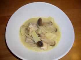 簡単おいしい鶏と野菜のミルクスープ