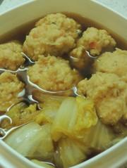 鶏つくねと白菜の煮物の写真