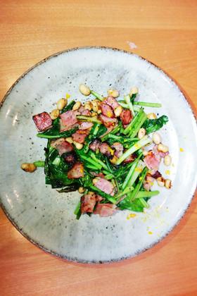 ゆず風味!ベーコン・大豆・小松菜の炒め物