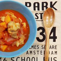 [ファインスパイス]鶏とりんごのトマト煮