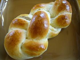 うっとさんの栗ーム編みパン