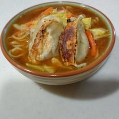 餃子野菜炒め味噌ラーメン