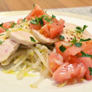 しっとり鶏胸肉ともやしのイタリアンサラダ