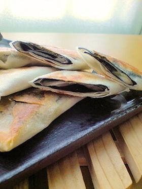 ピリッとおいしい♪わさび海苔チーズ春巻