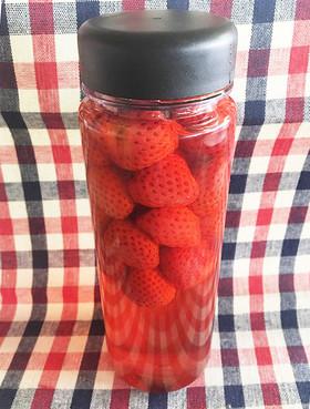 簡単♪おいしいイチゴ酢