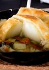 丸ごと蒸し玉ねぎのポットパイスープ