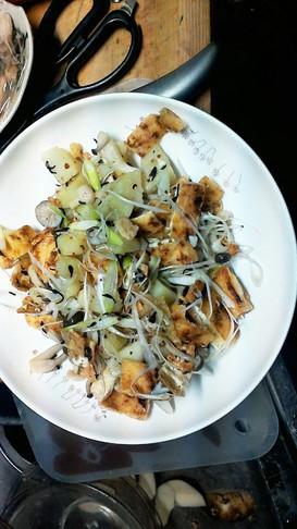 キノポテ焼き揚げの柚子味噌サラダ