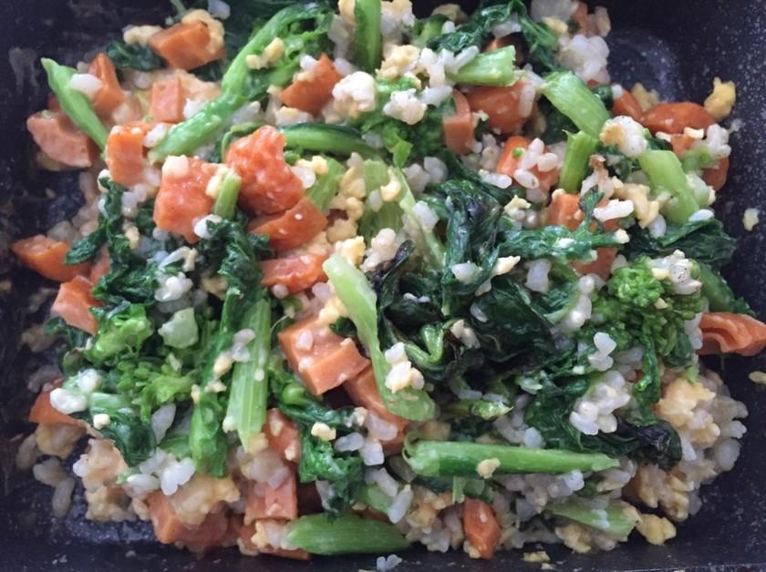 玄米の菜の花炒飯