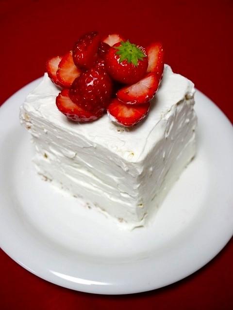 大人ホワイトデー!もこもこショートケーキ