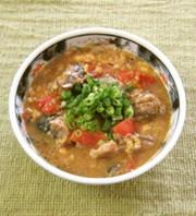 サバの水煮とトマトのスキヤキ風炒め煮の写真