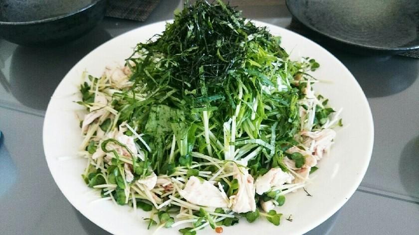 水菜シャキッと鶏のささみの梅肉和えサラダ