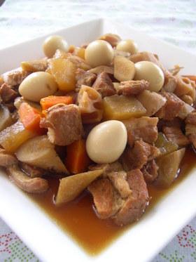 お酢でさっぱり♪豚バラ肉と根菜のコロ煮