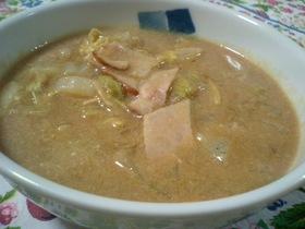 ハムと白菜の豆乳煮