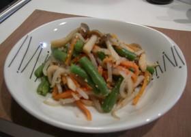 きのこと温野菜でごまたっぷり和え物