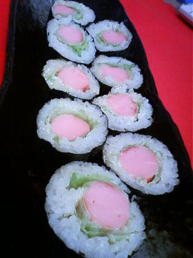 超簡単!魚肉ソーセージで海苔巻き♪♫♬
