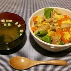 めんつゆで簡単!彩り親子丼