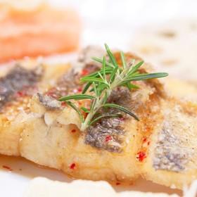鶏味塩 de 鱈のスパイシーフリット