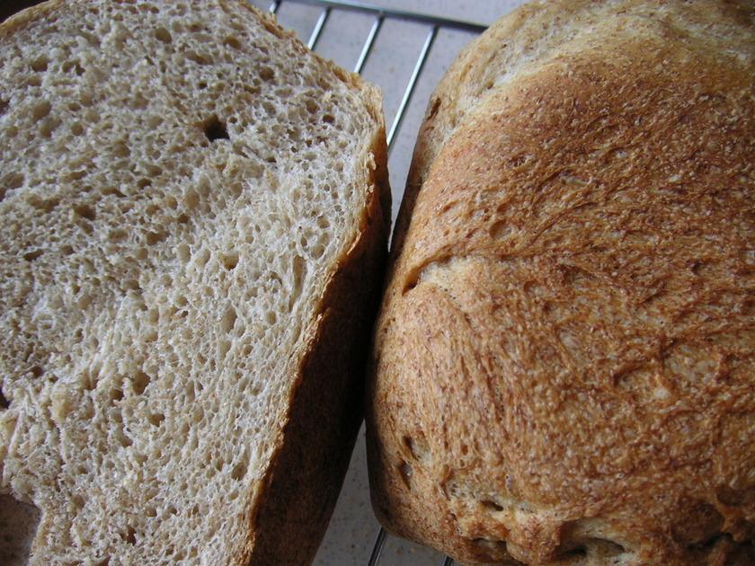 小麦ふすま=ブランのパン