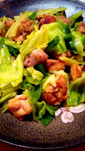 野菜たっぷり♪キャベツと鶏のカレー炒め
