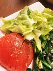ドレッシング要らずのトマトサラダの写真