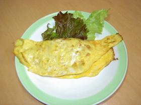 朝の定番じゃが芋とコンビーフのオムレツ