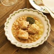 鶏もも肉と白いんげん豆の煮込み