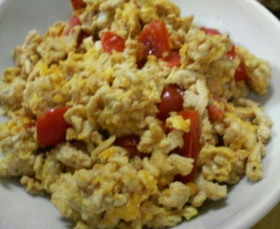 ■鶏そぼろとトマトの卵炒め■