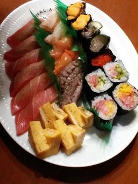 握り寿司(限界まで飯を小さく握る)