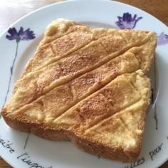 きな粉が香る♪メロンパントースト