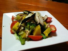 秋野菜たっぷりサラダ