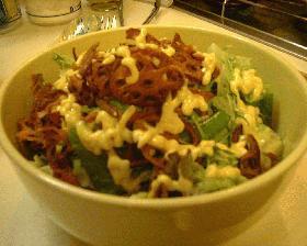 レンコンチップのサラダ