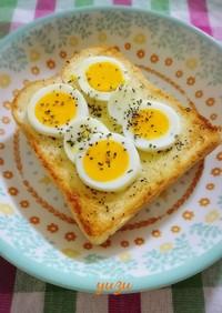 朝食ランチに簡単!ペッパーマヨ卵トースト