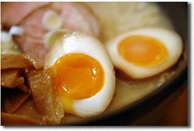 ラーメン屋さん風の半熟がうまい煮卵