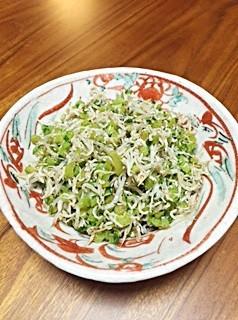 大根菜としらすのピリ辛炒め