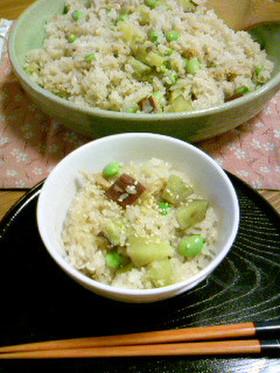 サツマイモと枝豆の炊き込みご飯