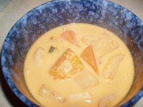 豚もつ&がっちり根菜の豆乳味噌汁