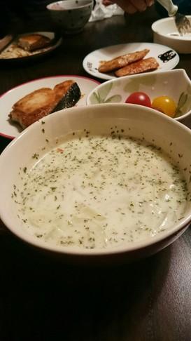 セロリとパセリのミルクスープ☆