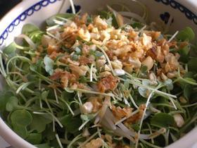 つまみ菜&フライドオニオンサラダ