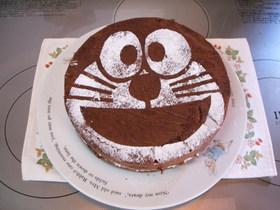 ドラえもんケーキ(くるみ・オレオ入り)