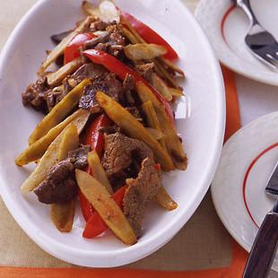 ごぼうと牛肉のケチャップ炒め
