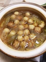 白菜と肉団子の鍋の写真