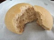 ビーガンのためのバターロールパンの写真