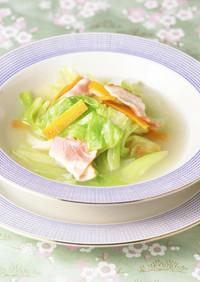 簡単キャベツとベーコンの白だしスープ