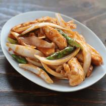 玉ねぎと鶏むね肉の中華炒め