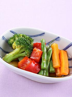 お弁当の一品に!温野菜の和サラダ