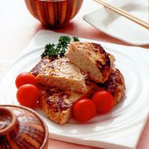 鶏ひき肉とたけのこのみそハンバーグ