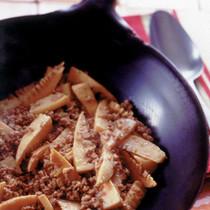 ひき肉とたけのこのしょうゆ炒め