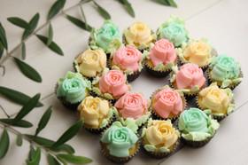 母の日に♪3D口金で花束カップケーキ