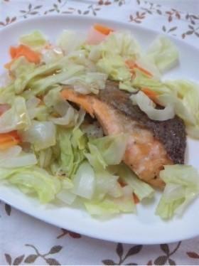 レンジで簡単!鮭の野菜のっけ盛り