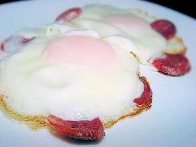 朝食に♪ サラミ入りたまご